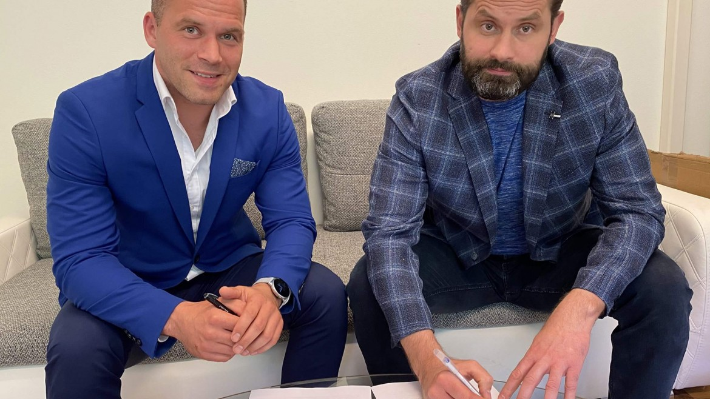 Asistentom trénera Čadu v hokejovom klube iClinic Bratislava CAPITALS bude Ján Lipiansky